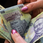 Atenție! Mii de români s-au trezit cu datorii la Fisc de care nu ştiau nimic