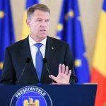 Iohannis: Condamn acţiunile care aduc atingere libertăţii de conştiinţă şi care pângăresc memoria Holocaustului