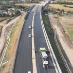 Video! Primii km de autostradă din orașul Marii Uniri